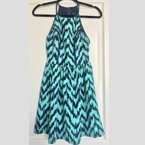 Design Lab Lord & Taylor Halter Dress Size S